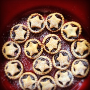 Cranberry Mince Pies - A Cookbook Collection