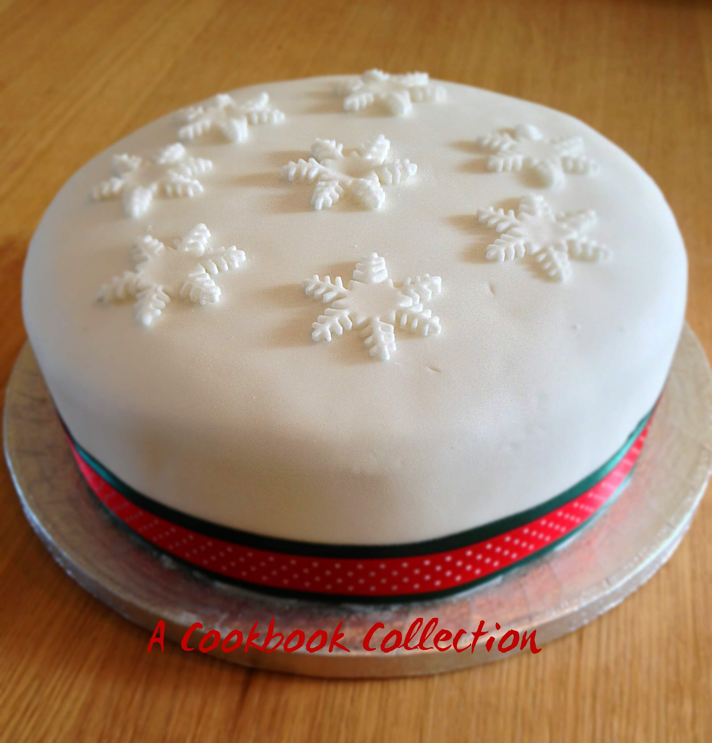Delias Fruit Christmas Cake
