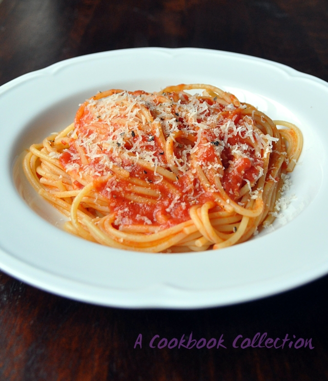 Tomato Sauce with Butter and Onion - A Cookbook Collection